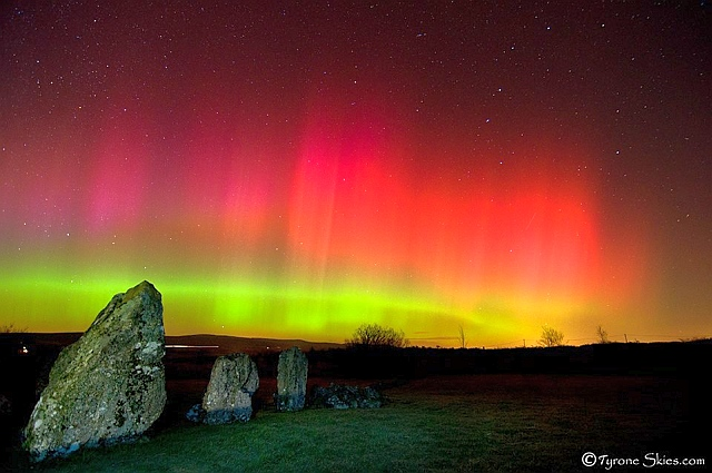 Aurora boreale nei cieli meridionali della Gran Bretagna.